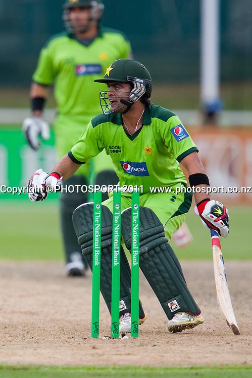 Ahmed Shehzad makes runs during the 5th ODI, Black Caps v Pakistan, One Day International Cricket at Seddon Park, Hamilton, New Zealand. Thursday 3 February 2011. Photo: Stephen Barker/PHOTOSPORT