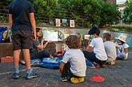 Roma, 08/06/2020: Attività didattiche, ludiche e artistiche organizzate dall'Associazione Genitori della scuola Di Donato in occasione della fine della scuola. Parco di via Statilia.<br /> © Andrea Sabbadini