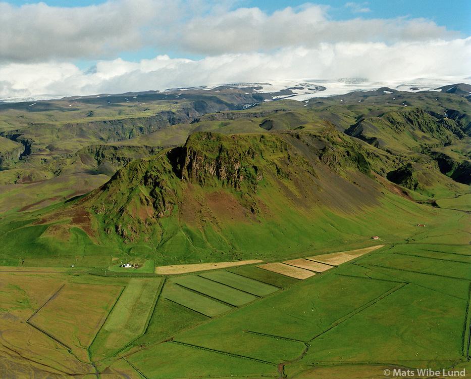 Fell séð til norðurs, Mýrdalshreppur áður Dyrhólahreppur / Fell viewing north, Myrdalshreppur former Dyrholahreppur.