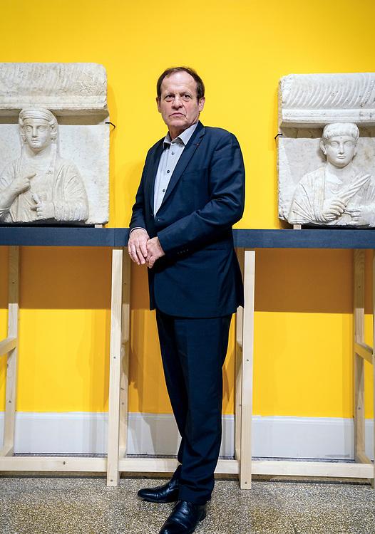 Alexandre Demidoff,  Directeur du Musée d'art et d'histoire de Genève, Jean-Yves Marin lève le voile sur une dizaine de pièces de très haut vol, venues de Syrie, d'Irak et du Yémen.<br /> Genève mars 2017<br /> © Nicolas Righetti / Lundi13