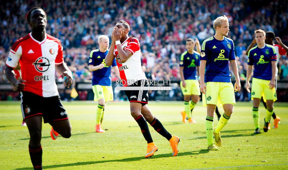 ROTTERDAM - Jean-Paul Boetiusvan (M) Feyenoord is teleurgesteld na een gemiste kans in de wedstrijd tegen Ajax.  Feyenoord ajax in de Kuip , Feyenoord verloor de wedstrijd met 0-1  in actie  COPYRIGHT ROBIN UTRECHT baalt in  het net na een gemiste kans