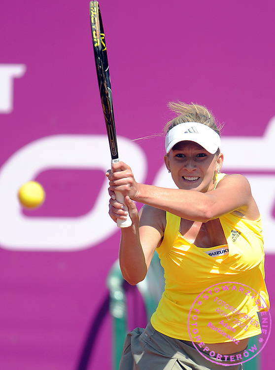 MARTA DOMACHOWSKA FROM POLAND HITS THE BALL DURING SECOND ROUND TENNIS SONY ERICSSON WTA TOUR TOURNAMENT WARSAW OPEN 2009 IN WARSAW, POLAND...WARSAW , POLAND , MAY 20, 2009..( PHOTO BY ADAM NURKIEWICZ / MEDIASPORT )