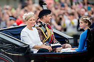 London , 11-06-2016 <br /> <br /> Queen Elizabeth celebrates her 90th birthday at Trooping the Colour.<br /> <br /> <br /> COPYRIGHT:ROYALPORTRAITS EUROPE/BERNARD RUEBSAMEN