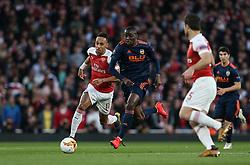 Mouctar Diakhaby of Valencia runs with the ball - Mandatory by-line: Arron Gent/JMP - 02/05/2019 - FOOTBALL - Emirates Stadium - London, England - Arsenal v Valencia - UEFA Europa League Semi-Final 1st Leg