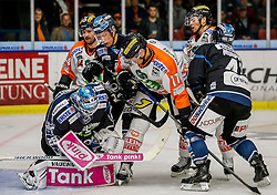 14.09.2014, Eisstadion Liebenau, Graz, AUT, EBEL, Moser Medical Graz 99ers vs EHC Liwest Linz, 2. Runde, im Bild v.l. Michael Ouzas (EHC Liwest Linz), Olivier Latendresse (Moser Medical Graz 99ers), Robert Lukas (EHC Liwest Linz), Manuel Ganahl (Moser Medical Graz 99ers) und Curtis Murphy (EHC Liwest Linz) // during the Erste Bank Icehockey League 2nd Round match between Moser Medical Graz 99ers and EHC Liwest Linz at the Ice Stadium Liebenau, Graz, Austria on 2014/09/14, EXPA Pictures © 2014, PhotoCredit: EXPA/ Erwin Scheriau