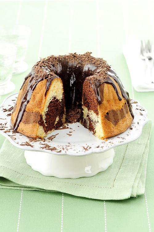 marble cake with chocolate