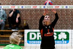 26-10-2019 NED: Dros Alterno - Set Up 65, Apeldoorn<br /> Round 4 of Eredivisie volleyball - Merle Baasdam #7 of Set Up