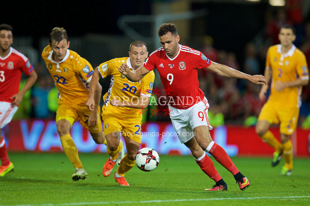 CARDIFF, WALES - Monday, September 5, 2016: Wales' Hal Robson-Kanu in action against Moldova during the 2018 FIFA World Cup Qualifying Group D match at the Cardiff City Stadium. (Pic by David Rawcliffe/Propaganda)
