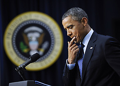 DEC 31 2012 Barack Obama makes a statement on fiscal cliff