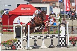 Taes Kelly (BEL) - Gitse vd Vogelzang<br /> Nationaal Kampioenschap Jonge Paarden<br /> Stal Hulsterlo - Meerdonk 2010<br /> © Dirk Caremans