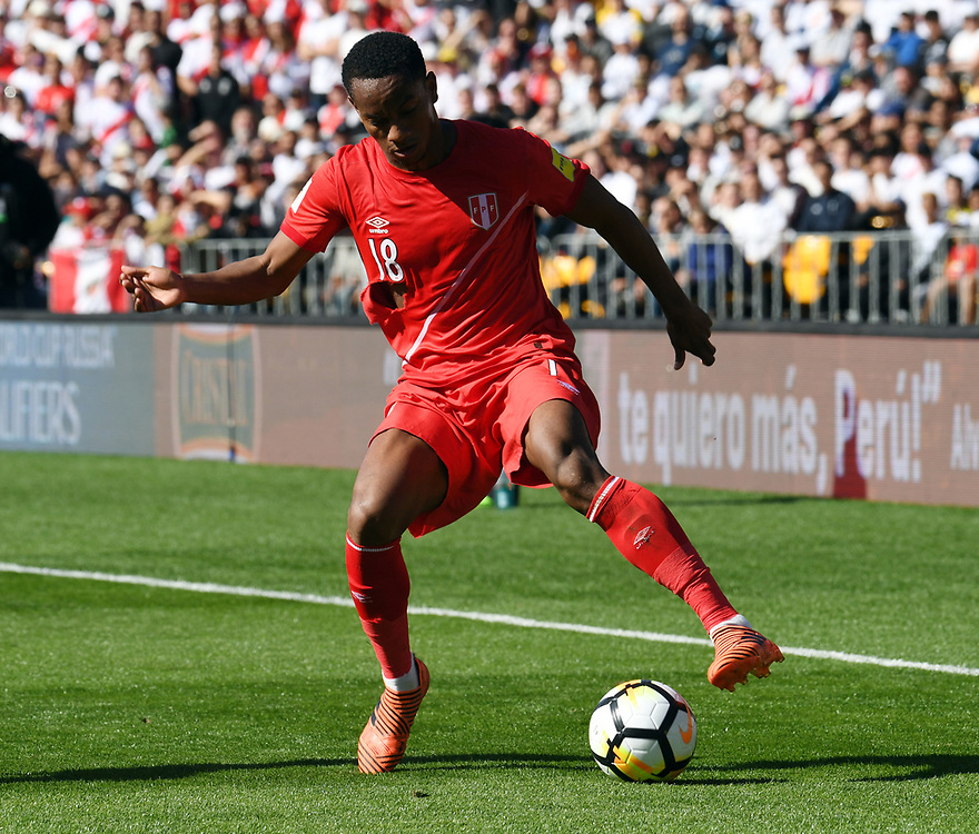 Peru's Andre Carrillo against New Zealand in the Soccer World Cup qualifying match, Westpac Stadium, Wellington, New Zealand, Saturday, November 11, 2017. Credit:SNPA / Ross Setford  **NO ARCHIVING**