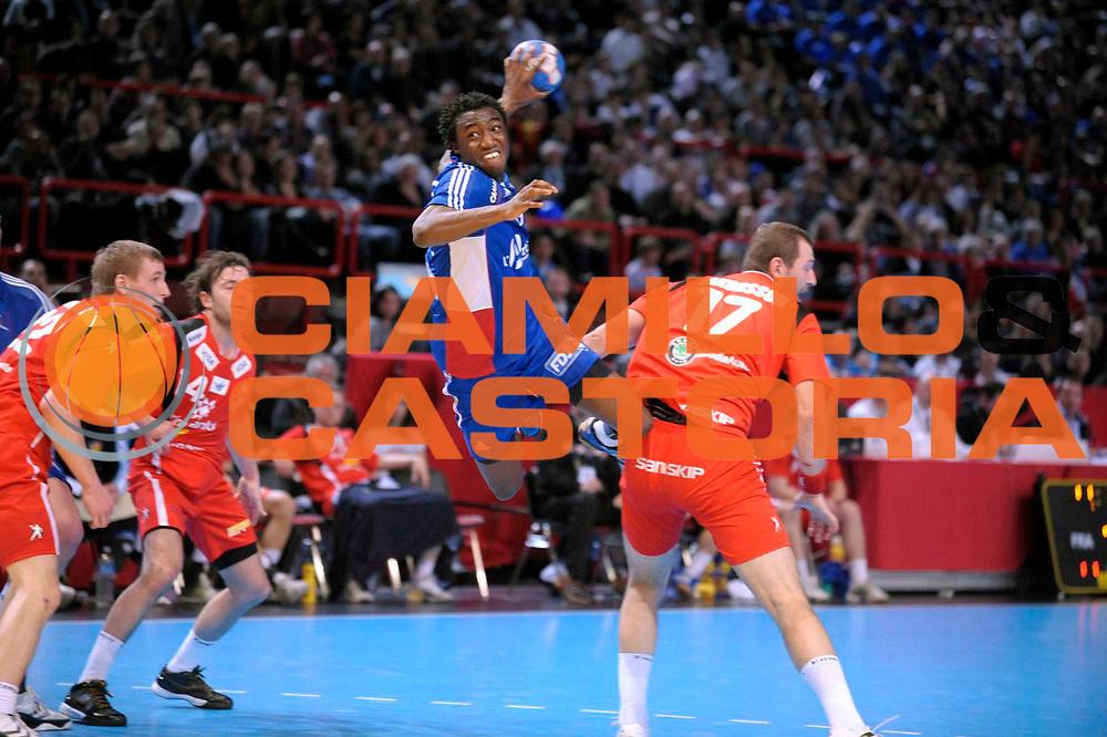 DESCRIZIONE : France Tournoi international Paris Bercy Equipe de France Homme France Islande 17/01/2010<br /> GIOCATORE : Abalo luc<br /> SQUADRA : France<br /> EVENTO : Tournoi international Paris Bercy<br /> GARA : France Islande<br /> DATA : 17/01/2010<br /> CATEGORIA : Handball France Homme Action<br /> SPORT : HandBall<br /> AUTORE : JF Molliere par Agenzia Ciamillo-Castoria <br /> Galleria : France Homme 2009/2010 <br /> Fotonotizia : France Tournoi international Paris Bercy Equipe de France Homme France Islande 17/01/2010 <br /> Predefinita :
