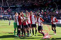 ROTTERDAM - Feyenoord - Heracles , Voetbal , Seizoen 2016/2017 , Eredivisie , Stadion Feyenoord - De Kuip , 14-05-2017 , Kampioenswedstrijd , eindstand 3-1 , Spelers vieren het kampioenschap direct na het laatste fluitsignaal
