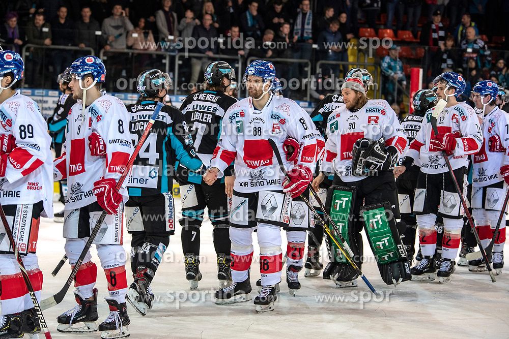 17.02.2019, Keine Sorgen Eisarena, Linz, AUT, EBEL, EHC Liwest Black Wings Linz vs HC TWK Innsbruck Die Haie, 47. Runde, im Bild Innsbruck verliert in Linz // during the Erste Bank Eishockey League 47th round match between EHC Liwest Black Wings Linz and HC TWK Innsbruck Die Haie at the Keine Sorgen Eisarena in Linz, Austria on 2019/02/17. EXPA Pictures © 2019, PhotoCredit: EXPA/ Reinhard Eisenbauer