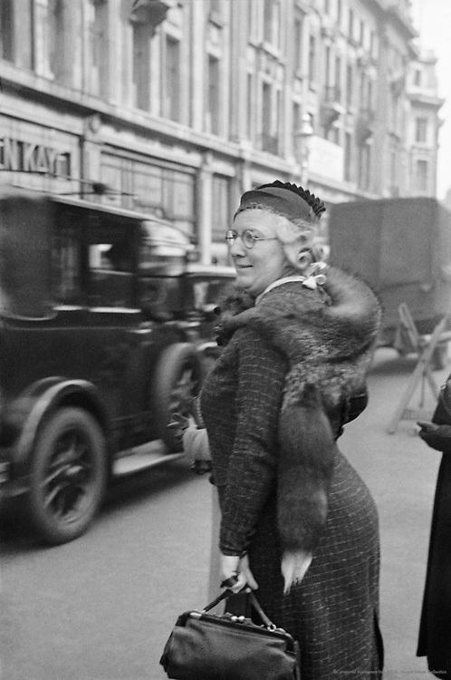 Oxford Street, Shopping, London, 1934