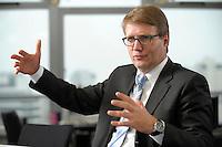 03 JAN 2008, BERLIN/GERMANY:<br /> Ronald Pofalla, CDU Generalsekretaer, waehrend einem Interview, in seinem Buero, Konrad-Adenauer-Haus<br /> IMAGE: 20080103-01-020