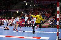 Frederikshavn, Danmark:<br /> IHF VM  H&aring;ndbold for kvinder Danmark 2015 Norge- Rusland <br /> Fotograf: Morten Olsen<br /> <br /> Frederikshavn, Denmark:<br /> Norway - Russia<br /> IHF Women&acute;s Handball World Championship Denmark 2015<br /> <br /> Photographer: Morten Olsen