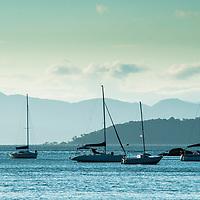 Veleiros em Santo Antonio de Lisboa, Florianópolis, Santa Catarina, foto de Ze Paiva - Vista Imagens