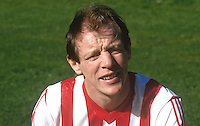 Declan McDowell, footballer, Derry City FC, N Ireland, 19870912DMD..Copyright Image from Victor Patterson, 54 Dorchester Park, Belfast, UK, BT9 6RJ..Tel: +44 28 9066 1296.Mob: +44 7802 353836.Voicemail +44 20 8816 7153.Skype: victorpattersonbelfast.Email: victorpatterson@me.com.Email: victorpatterson@ireland.com (back-up)..IMPORTANT: If you wish to use this image or any other of my images please go to www.victorpatterson.com and click on the Terms & Conditions. Then contact me by email or phone with the reference number(s) of the image(s) concerned.