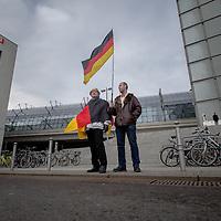 2016/02/06 Berlin | Politik | Bärgida Demonstration am Berliner Hauptbahnhof