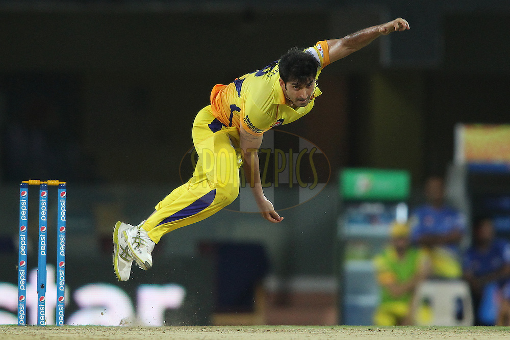 Mohit Sharma of Chennai Super Kings sends down a delivery during match 37 of the Pepsi IPL 2015 (Indian Premier League) between The Chennai Superkings and The Royal Challengers Bangalore held at the M. A. Chidambaram Stadium, Chennai Stadium in Chennai, India on the 4th May April 2015.<br /> <br /> Photo by:  Shaun Roy / SPORTZPICS / IPL