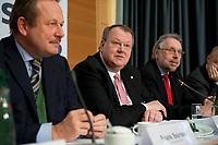14 DEC 2010, BERLIN/GERMANY:<br /> Frank Bsirske (L), ver.di Vorsitzender, Peter Heesen (M), dbb Bundesvorsitzender, und Frank Stoehr (R), dbb tarifunion 1. Vorsitzender, Pressekonferenz zu den Forderungen zur Laender-Tarifrunde im öffentlichen Dienst 2011, Katholische Akademie<br /> IMAGE: 20101214-01-012<br /> KEYWORDS: Frank Stöhr