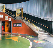 The main lobby, design elements frequently used in Art Deco. The sign of the zodiac and earth are depicted in the Terrazzo floor.