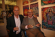Ross Bentley and Sir John Mortimer, Private view at the Stateoftheart.co.uk. The State of the Art Gallery, 9 Portobello Green Arcade. 27 June 2006. ONE TIME USE ONLY - DO NOT ARCHIVE  © Copyright Photograph by Dafydd Jones 66 Stockwell Park Rd. London SW9 0DA Tel 020 7733 0108 www.dafjones.com