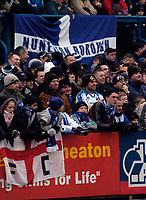 Photo: Leigh Quinnell.<br /> Nuneaton Borough v Middlesbrough. The FA Cup.<br /> 07/01/2006. Nuneaton fans get to the ground early.