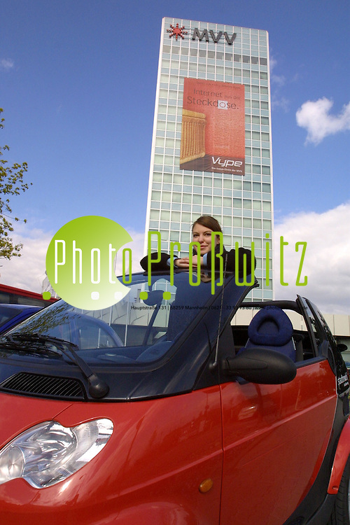 Mannheim. UNI. Vor dem MVV Hochhaus. Car Sharing<br /> <br /> Bild: Pro&szlig;witz