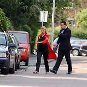 Zwangere Emily Bremers en haar man Roderick van der Wijck