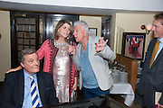 PETER DUCHIN; IVANA LOWELL; NICKY HASLAML JOHN MOFFAT An exhibition of watercolours by William Rayner at Mallet's, New Bond St. Party afterwards at Bellami's, bruton Place. London. 16 June 2010. .-DO NOT ARCHIVE-© Copyright Photograph by Dafydd Jones. 248 Clapham Rd. London SW9 0PZ. Tel 0207 820 0771. www.dafjones.com.