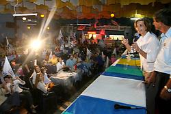 """A candidata ao governo do Estado do RS, Yeda Crusius, pela coligação """" Rio Grande Afirmativo"""" durante comicio na cidade de Gravatai. FOTO: Jefferson Bernardes/Preview.com"""