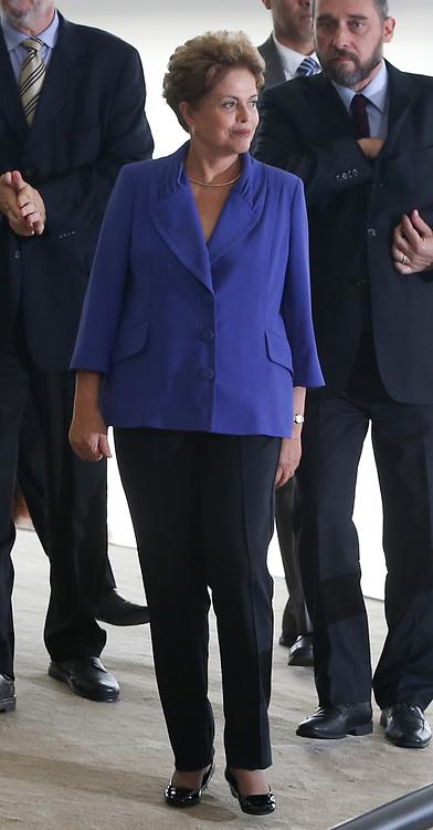 Brasília (DF), 18/03/2015. Presidenta Dilma, Ministros Aloísio Mercadante e Eduardo Cardozo durante cerimonia de lançamento do Pacote Anticorrupção no Planalto. Foto: Lula Marques/Frame