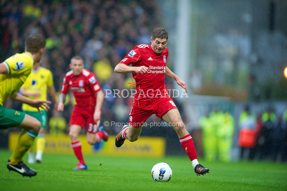 NORWICH, ENGLAND - Saturday, April 28, 2012: Liverpool's captain Steven Gerrard in action against Norwich City during the Premiership match at Carrow Road. (Pic by David Rawcliffe/Propaganda)