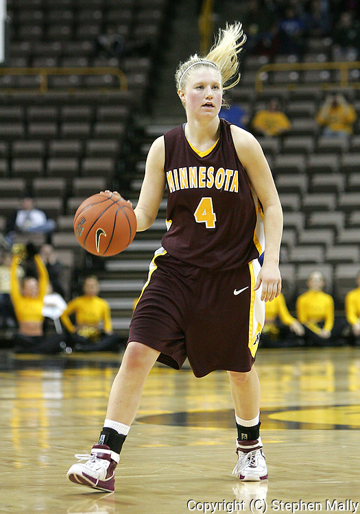 25 JANUARY 2007: Minnesota guard Emily Fox (4) in Iowa's 80-78 overtime loss to Minnesota at Carver-Hawkeye Arena in Iowa City, Iowa on January 25, 2007.