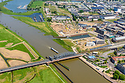 Nederland, Gelderland, Zutphen, 29-05-2019; spoorbrug over rivier De IJssel en bedrijventerrein De Mars.<br /> Railway bridge over river De IJssel and business park De Mars.<br /> <br /> luchtfoto (toeslag op standard tarieven);<br /> aerial photo (additional fee required);<br /> copyright foto/photo Siebe Swart