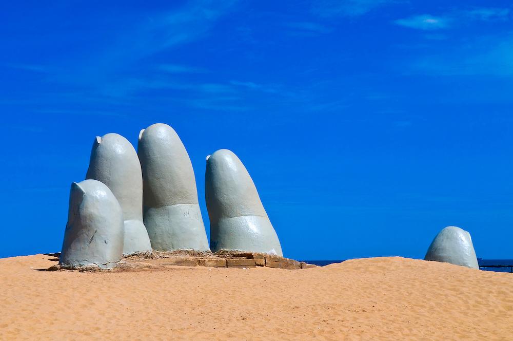 """the Hand"" a famous sculpture in ""Punta del este"" Uruguay"