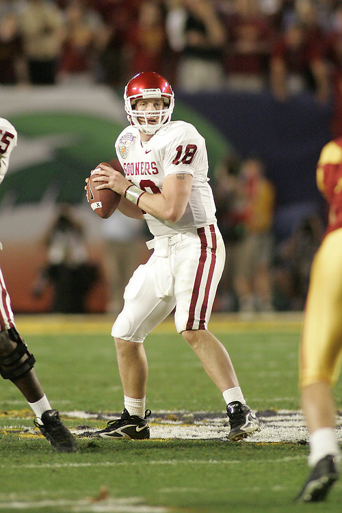 University of Oklahoma Jason White drops back to pass during USC's 55-19 victory over OU on January 4, 2005 in the FedEx Orange Bowl at Pro Player Stadium in Miami, Florida.