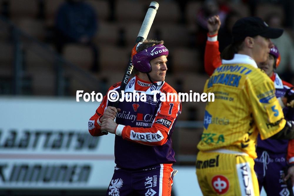 12.05.2009, Finnair Stadium, Helsinki..Superpesis 2009.Sotkamon Jymy - Hyvink??n Tahko.Antti Hartikainen - Sotkamo.©Juha Tamminen.