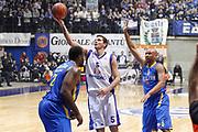 DESCRIZIONE : Desio Eurolega 2011-12 Bennet Cantu Maccabi Electra<br /> GIOCATORE : Vladimir Micov<br /> CATEGORIA : Tiro Penetrazione<br /> SQUADRA : Bennet Cantu<br /> EVENTO : Eurolega 2011-2012<br /> GARA : Bennet Cantu Maccabi Electra<br /> DATA : 02/02/2012<br /> SPORT : Pallacanestro <br /> AUTORE : Agenzia Ciamillo-Castoria/G.Cottini<br /> Galleria : Eurolega 2011-2012<br /> Fotonotizia : Desio Eurolega 2011-12 Bennet Cantù Maccabi Electra<br /> Predefinita :