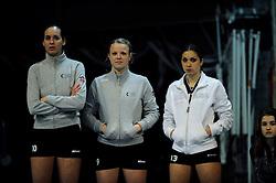 29-01-2011 VOLLEYBAL: TVC AMSTELVEEN - PEELPUSH: AMSTELVEEN<br /> Gelegenheidsteam TVC wint met 3-0 van Peelpush / De wissels met oa. Charlotte Hermans<br /> &copy;2011-WWW.FOTOHOOGENDOORN.NL