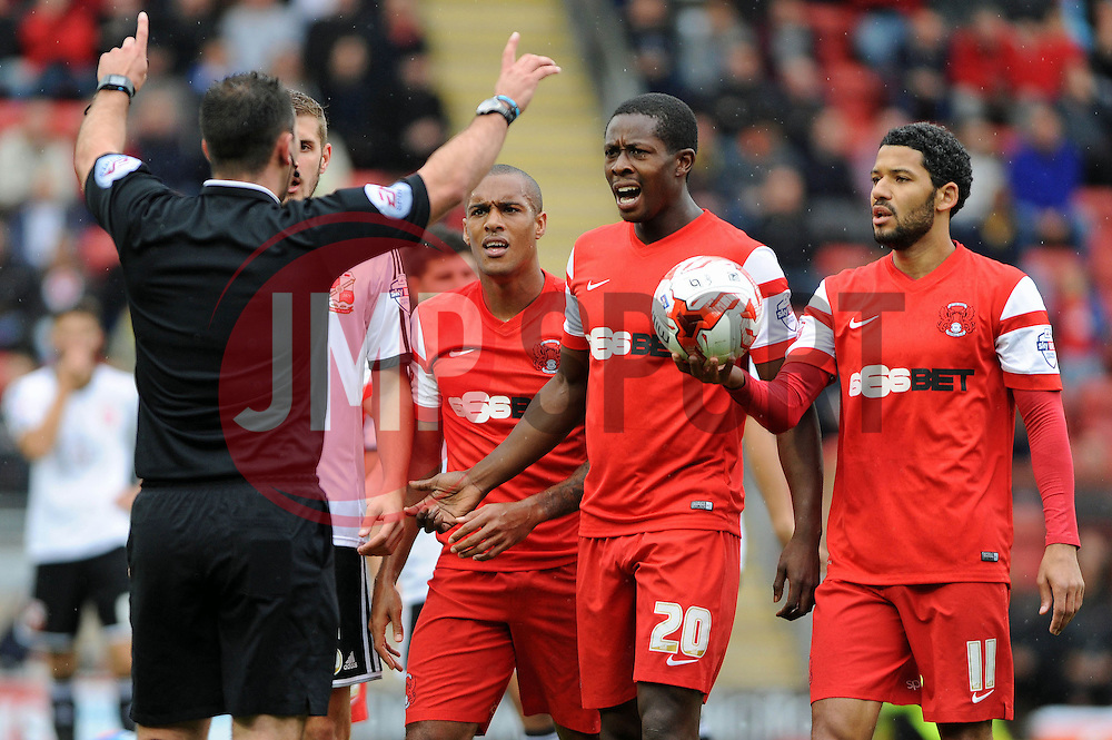 Leyton Orient's Marvin Bartley and team mates protest to Referee - photo mandatory by-line David Purday JMP- Tel: Mobile 07966 386802 - 04/10/14 - Leyton Orient  v Swindon Town - SPORT - FOOTBALL - Sky Bet Leauge 1  - London -  Matchroom Stadium