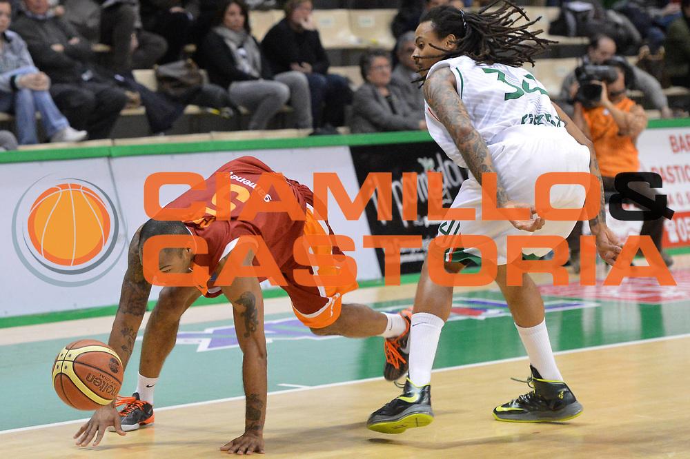 DESCRIZIONE : Siena Lega A 2012-13 Montepaschi Siena Acea Roma<br /> GIOCATORE : Goss Phil<br /> CATEGORIA : equilibrio curiosita tecnica<br /> SQUADRA : Acea Roma<br /> EVENTO : Campionato Lega A 2012-2013 <br /> GARA : Montepaschi Siena Acea Roma<br /> DATA : 11/03/2013<br /> SPORT : Pallacanestro <br /> AUTORE : Agenzia Ciamillo-Castoria/GiulioCiamillo<br /> Galleria : Lega Basket A 2012-2013  <br /> Fotonotizia : Siena Lega A 2012-13 Montepaschi Siena Acea Roma<br /> Predefinita :