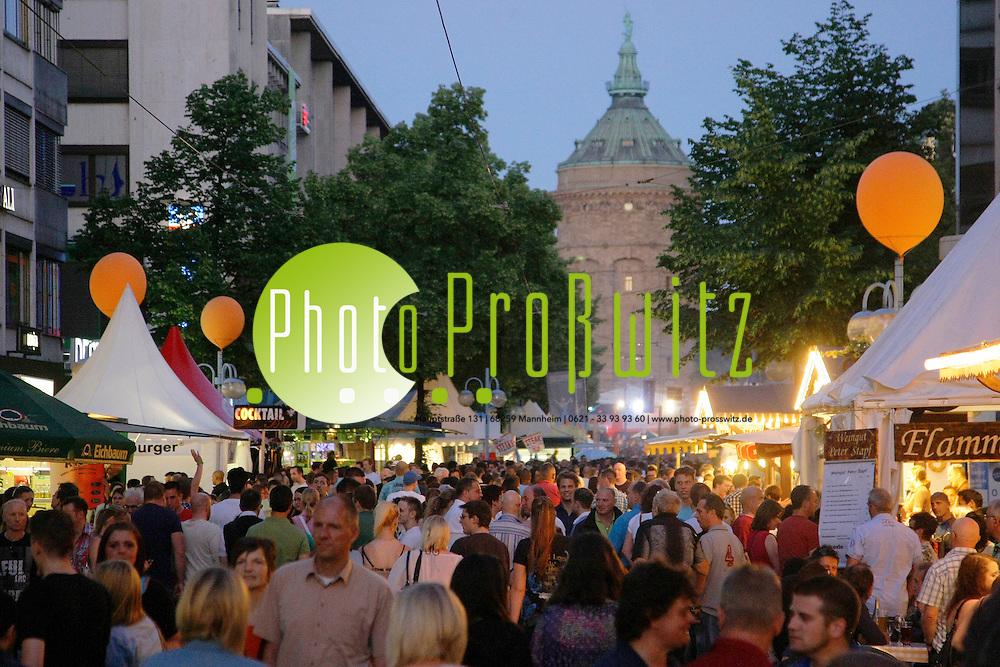 Mannheim. Innenstadt. Planken. Stadtfest 2012<br /> <br /> Bild: Markus Proflwitz / masterpress /