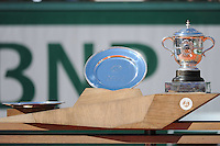 illustration trophees  - 06.06.2015 - Jour 14 - Finale Femmes - Roland Garros 2015<br />