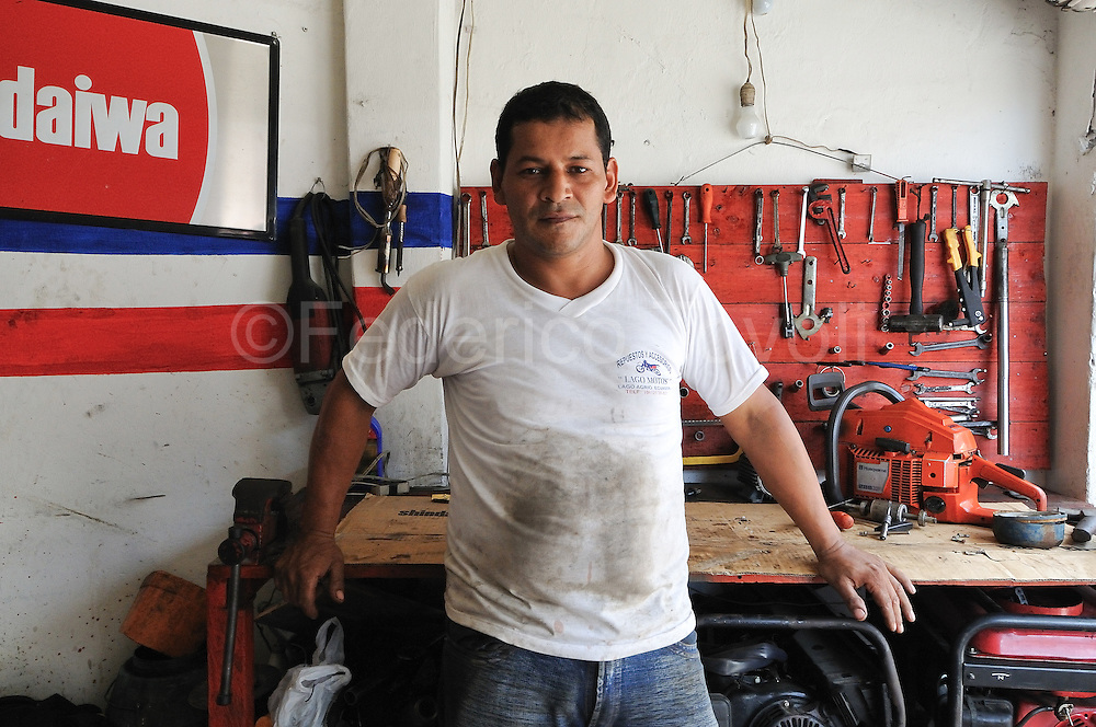 Manuel was left his country due some personal threat. He also risk to day due a car bomb.<br /> Professional mechanic he&rsquo;s now living in Lago Agrio, where the International Cooperation (N.G.O) buy for him  a machine for reset the wheels of motorbyke, and he&rsquo;s increasing his own microenterprise