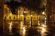 place baudoyer Paris , le marais , under the rain at night  /// paris sous la pluie, le marais  la nuit