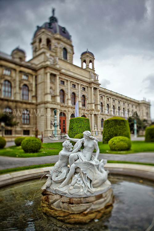 View of the Tritons and Naiads Fountain, and the Museum of Art History, Vienna, Austria.