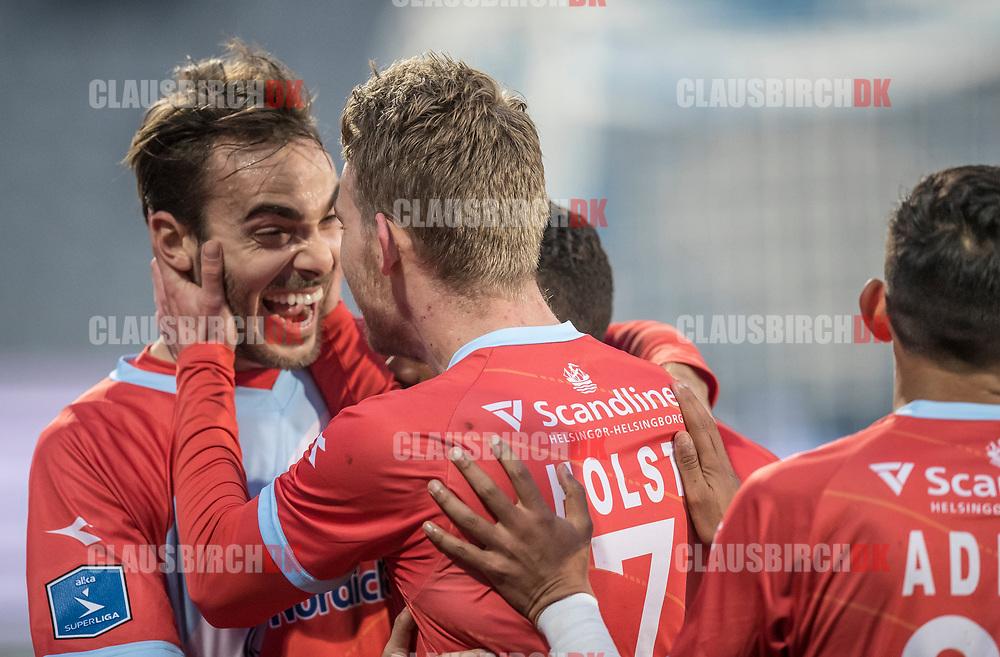 FODBOLD: Målscorer (FC Helsingør) (FC Helsingør) jubler med Felipe Tontini efter udligningen til 1-1 under kampen i ALKA Superligaen mellem AGF og FC Helsingør den 13. april 2018 i Ceres Park. Foto: Claus Birch.